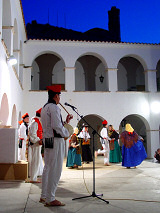 Folk dances in the Baluard de Sant Pere
